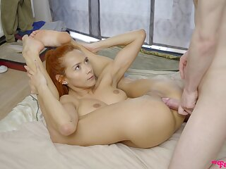 Gorgeous redhead moans during bland lovemaking in the morning